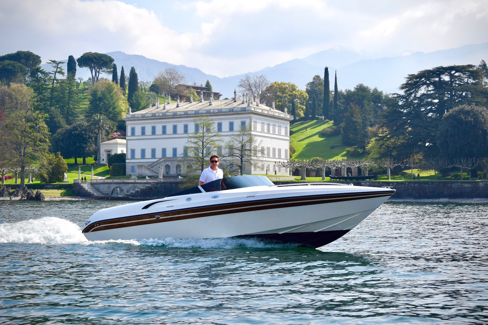Bellagio tours by boat