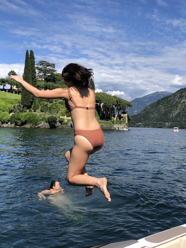 Boat-tour-and-swim-in-Lake-Como